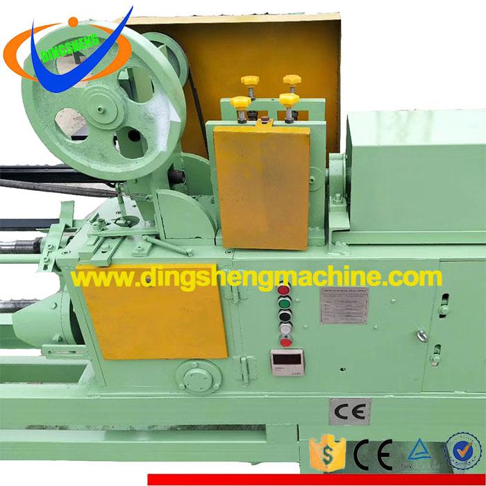 Baling wire coil bending tie machine
